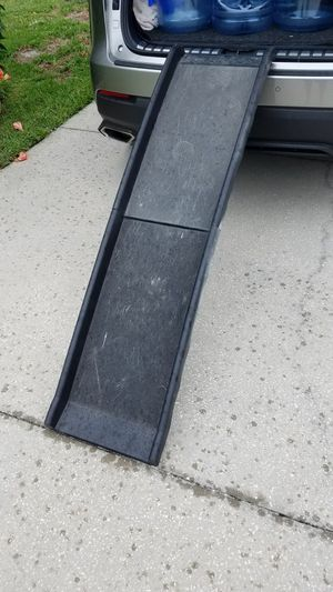 Solvit dog ramp for your car for Sale in St. Petersburg, FL