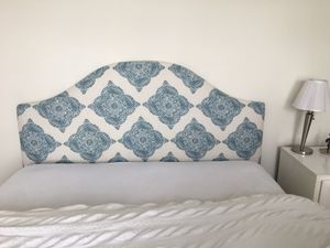 Gorgeous Queen Headboard - Perfect Condition! for Sale in MIDDLE CITY EAST, PA