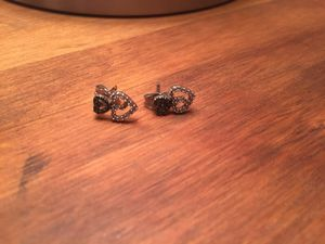 Harris jewelers white gold black and white diamond heart earrings for Sale in Philadelphia, PA