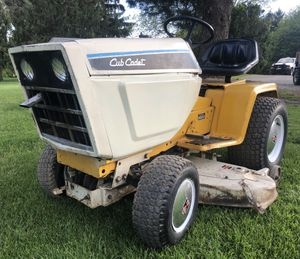 Cub Cadet 582 Garden Tractor for Sale in Smithsburg, MD