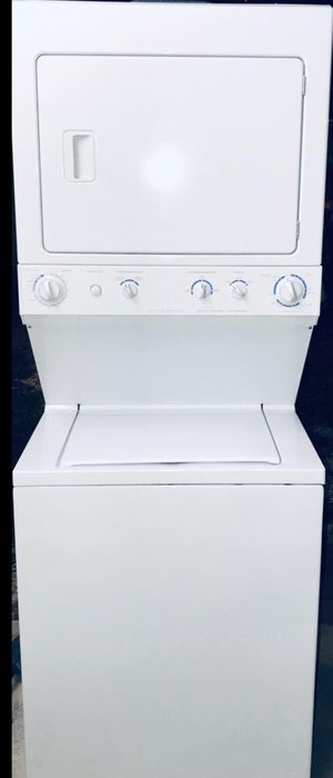 Washer and dryer combo 27 stackable big capacity - lavadora y secadora de grande capacidad/trabajando bien todo/all working good for Sale in Hialeah, FL