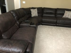 Like new all reclining theater style sectional plus another chair included power button reclining moving can't take with me!! for Sale in Edgewood, WA