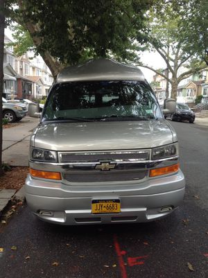 2003 chevy express 1500 conversion van $13000 or looking for trade for escalade 2009and up or infinity truck or car for Sale in Queens, NY