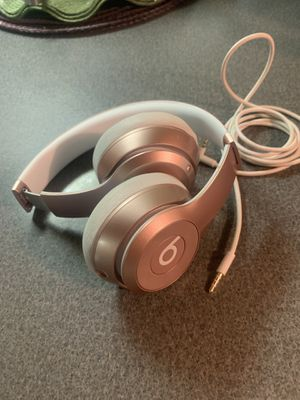 Beats Solo wireless headphones / rose gold for Sale in Boston, MA
