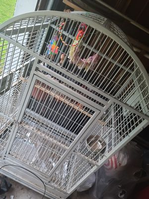 Huge and great condition parrot cage for Sale in Raleigh, NC