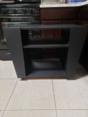 Tv stand with wheels for Sale in Howell Township, NJ