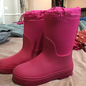 Girls Cat And Jack Snow Boots Size 1 for Sale in Lakewood, CA
