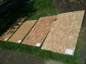 Osb plywood half inch 4 sheets for Sale in Nottingham, MD