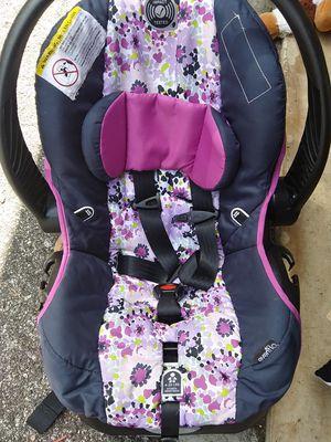 Car seat & Base for Sale in Mobile, AL