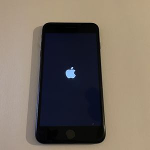 iPhone 7 Plus Unlocked for Sale in Fairfax, VA