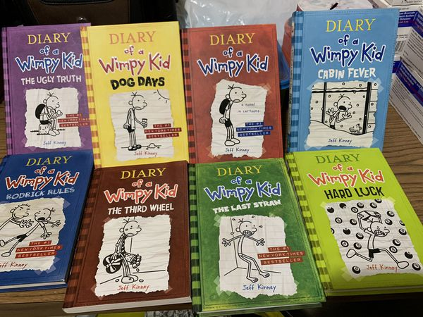 diary of a wimpy kid books (set)