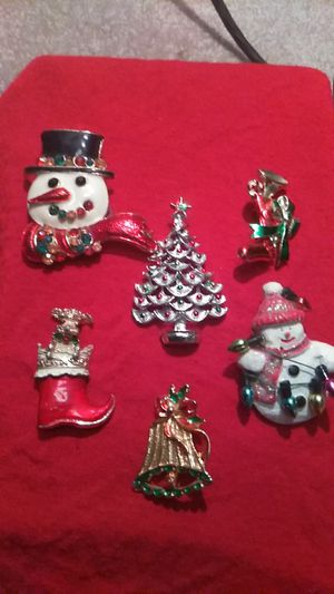 vintage jewelry lot for Sale in Henderson, NV