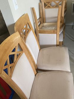 Dinning Chairs Set Of 6 for Sale in Happy Valley,  OR