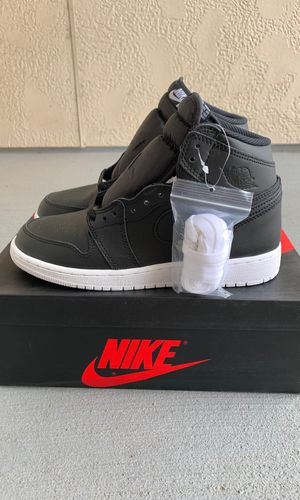 DS Nike Air Jordan 1 Retro OG Cyber Monday GS 5.5y Grade School for Sale in Houston, TX