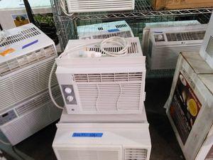 Ge 5050 BTU room air conditioner for Sale in Phoenix, AZ