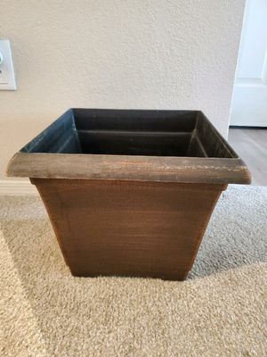 "PLASTIC BRONZE PLANTERS[set of 4] 12"" Tall x 15"" x 15"" top for Sale in Gilbert, AZ"