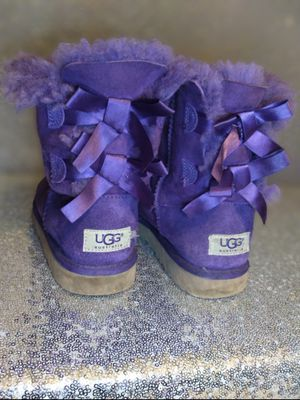 Uggs size 6 for Sale in Mesquite, TX