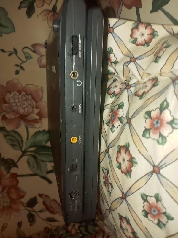 Nortech media portable DVD CD player