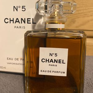 CHANEL N 5 PARIS 100ml for Sale in Oakland, CA