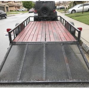 6.5X12 motorcycle quad utility trailer 2016 model works great . Title in hand current tags $1900 dead firm for Sale in Lake Elsinore, CA