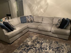 Large sectional in good shape for Sale in Fresno, CA