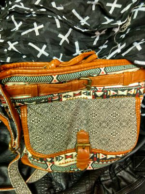 Colored, tribal patterned, over the shoulder strap, small hand bag for Sale in Sioux Falls, SD