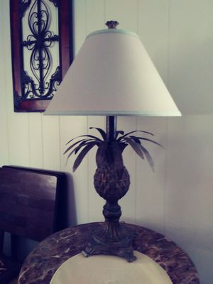 2 pineapple lamps for Sale in NO FORT MYERS, FL