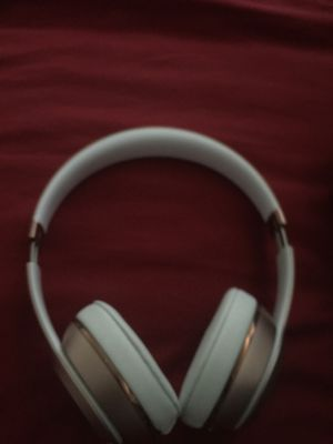Dre Beats solo 3s for Sale in Maryland Heights, MO