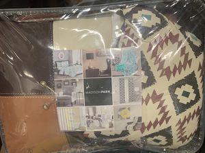 "Full/Queen 6pc Coverlet Set ""Brand New "" for Sale in Detroit, MI"