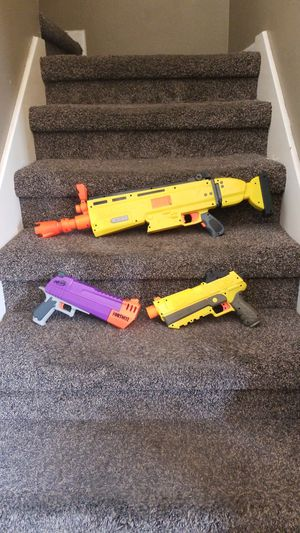 Lot of 3 nerf guns fortnite collection weapon for Sale in Kyle, TX
