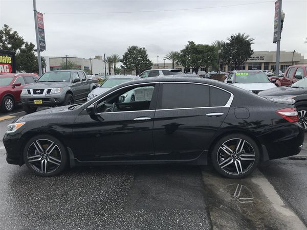2017 Honda Accord Sedan