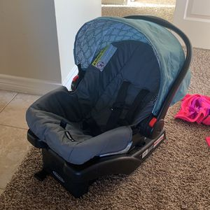 Car Seat Infant Graco Snugride 30 for Sale in Midland, TX