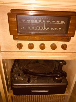 1950 Magnavox Stereo Unit for Sale in Portland, OR