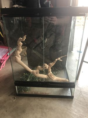 Reptile tank for Sale in Riverside, CA