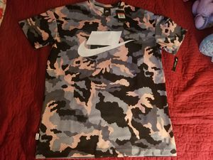 Men's Nike NSW NSP Loose Fit Mesh Jersey 'Pink Camo' *(NEW WITH TAGS) for Sale in Fort Lauderdale, FL