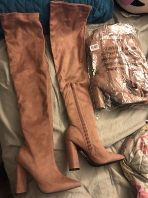 Rose gold pink Thigh High Boots 6.5 for Sale in Hayward, CA