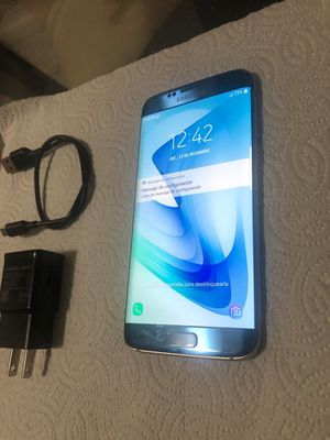 SAMSUNG S7 edge de 64 GB desbloqueado de fábrica for Sale in Miami, FL