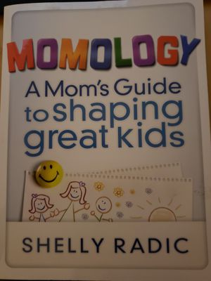 MOMOLOGY - A Mom's Guide to shaping great kids for Sale in Spring Valley, CA
