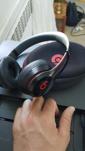 Beats by Dre Solo wireless for Sale in East Haven, CT