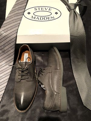 STEVE MADDEN GREY LEATHER SHOES SIZE 9!!!!🖤🖤💟 for Sale in San Francisco, CA