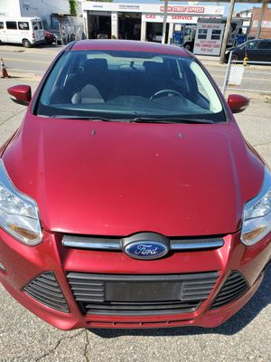 2014 ford focus only 66k miles for Sale in Attleboro, MA