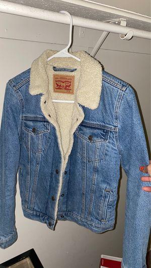 Levi denim jacket w/ faux sterling collar for Sale in Gunpowder, MD