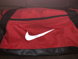 Nike duffle bag for Sale in Queens, NY