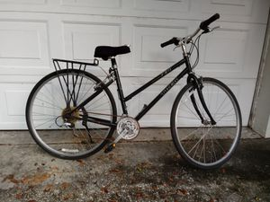 "Trek 730 Multitrack 26"" Women's Mountain Bike 21 Speed for Sale in St. Petersburg, FL"