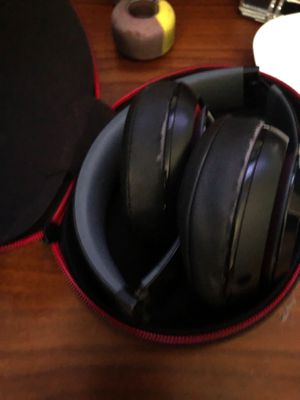 Used Beats wireless studio for Sale in Virginia Beach, VA
