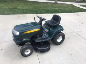Craftsman riding lawn mower tractor for Sale in Strongsville, OH
