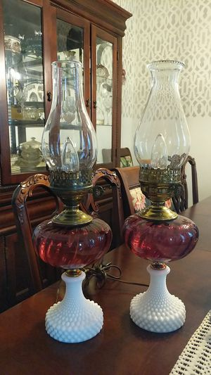 Vintage Cranberry Swirl and Hobnail Milk Glass Lamps for Sale in Del Valle, TX