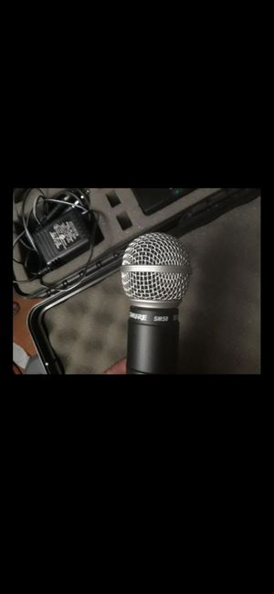 SHURE SM58 microphone BRAND NEW NEVER USED with original charge and case ¡¡ for Sale in Lake Worth, FL