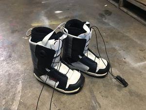 Kids snowboard boots size 2 Salomon for Sale in Los Alamitos, CA