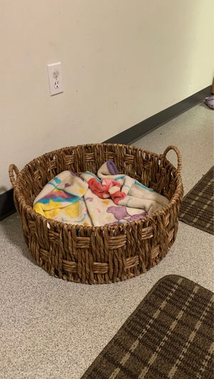 Basket for chihuahua Dog 🐕 for Sale in Portland, OR